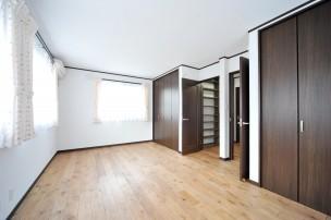 新築のベッドルーム1-7