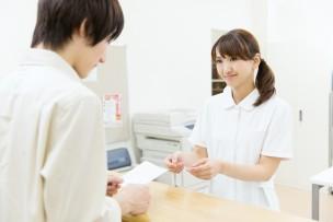 栄養士 医療事務
